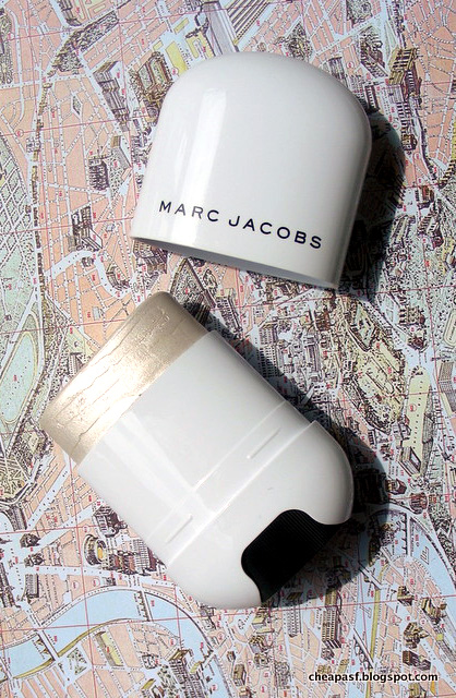 Marc Jacobs Beauty Glow Stick Glistening Illuminator in Spotlight