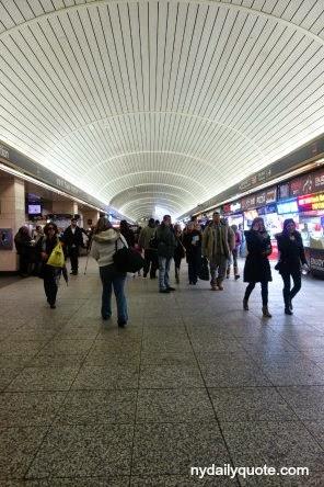 http://www.dreamstime.com/royalty-free-stock-images-penn-station-pennsylvania-major-intercity-train-commuter-rail-hub-midtown-manhattan-image37915719#res4467664