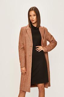 Palton dama din material cu lana