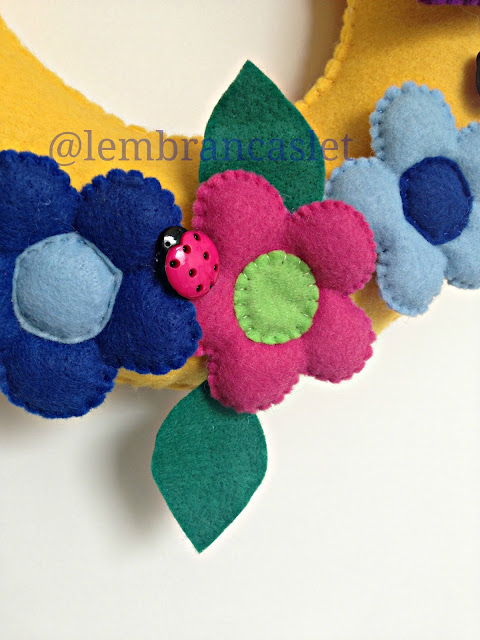 Guirlanda Decorativa, Flores, Feltro, Guirlanda em Feltro, Artesanato em Feltro, Primavera