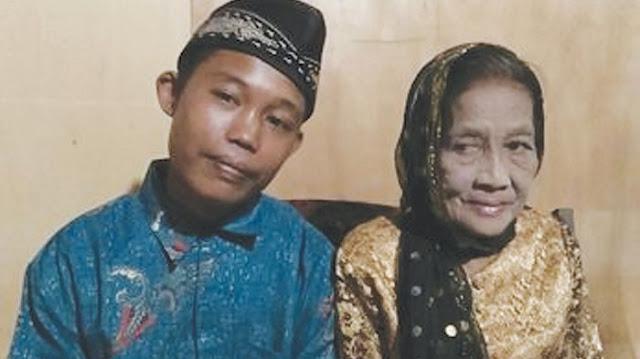 Pria 24 Tahun Nikahi Nenek 64 Tahun, Kepala Desa Sempat Terkejut karena Ini. Begini Pernikahannya