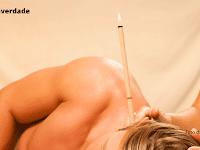 Amankah Menggunakan Ear Candle? Simak Penjelasannya Berikut Ini