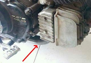 Motor Suzuki Rc Boros Bensin