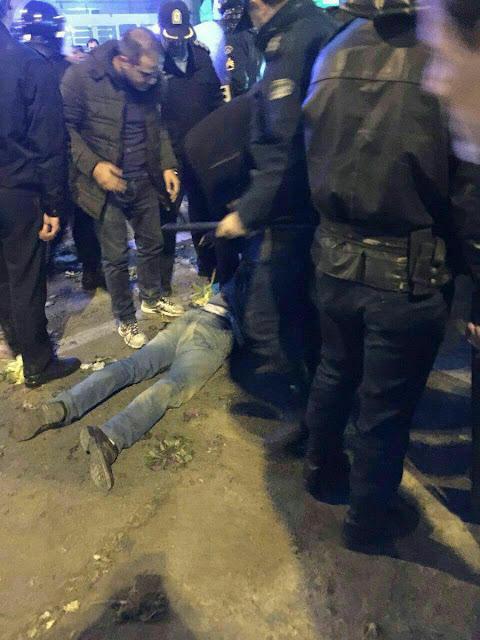 حداقل  یک تن در قیام زنجان کشته شده است