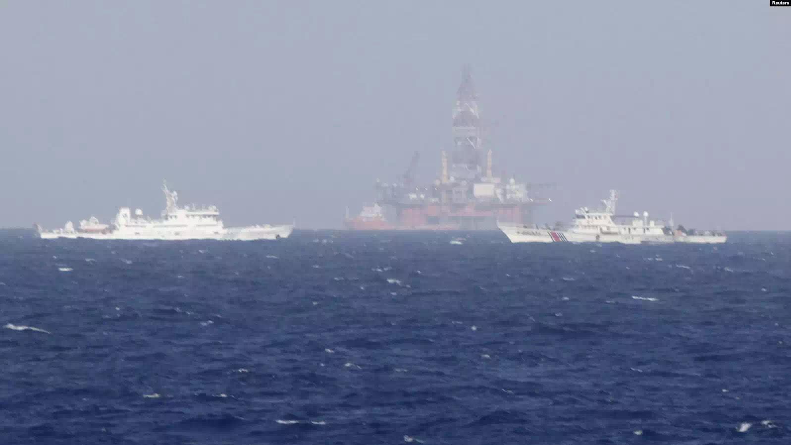 Giàn khoan Hải Dương Thạch Châu của Trung Quốc được đưa vào thềm lục địa Việt Nam hồi năm 2014