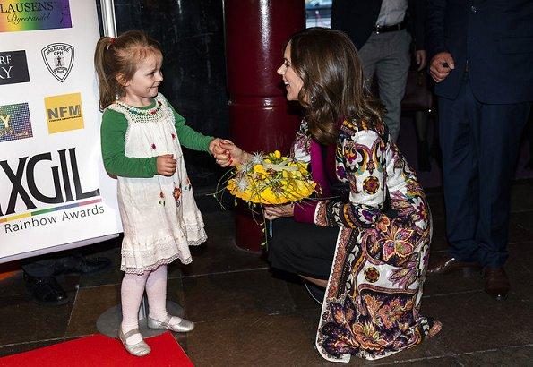 Crown Princess Mary wore ETRO Reversible Robe Coat, ETRO Bead Embellished Tassel Drop Earringsi carried Sergio Rossi clutch