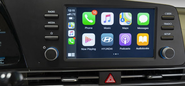 hyundai-elantra-infotainment-system and features-display-screen