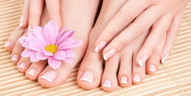 ¿Cómo blanquear las uñas de los pies?
