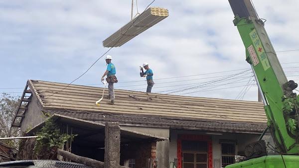 屋頂作業風險多防護不能少 嚴防踏穿墜落釀職災