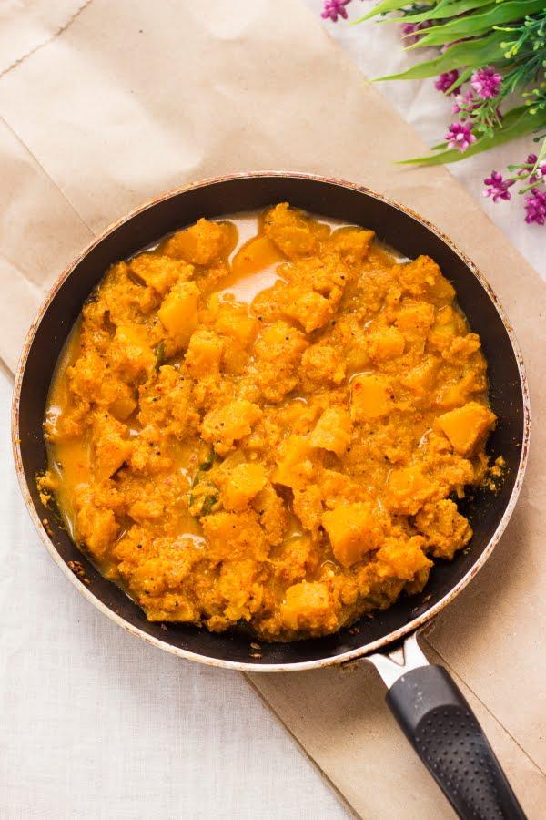 Coorg Pumpkin Curry kaddu sabzi coconut vegan kumbalkai palya