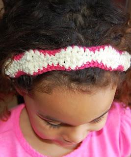 http://translate.googleusercontent.com/translate_c?depth=1&hl=es&rurl=translate.google.es&sl=en&tl=es&u=http://www.crochetgranny.com/crochet-headband-pattern-free-scalloped/&usg=ALkJrhgk3GrtozGySsLYYymQtVpRH0snkQ