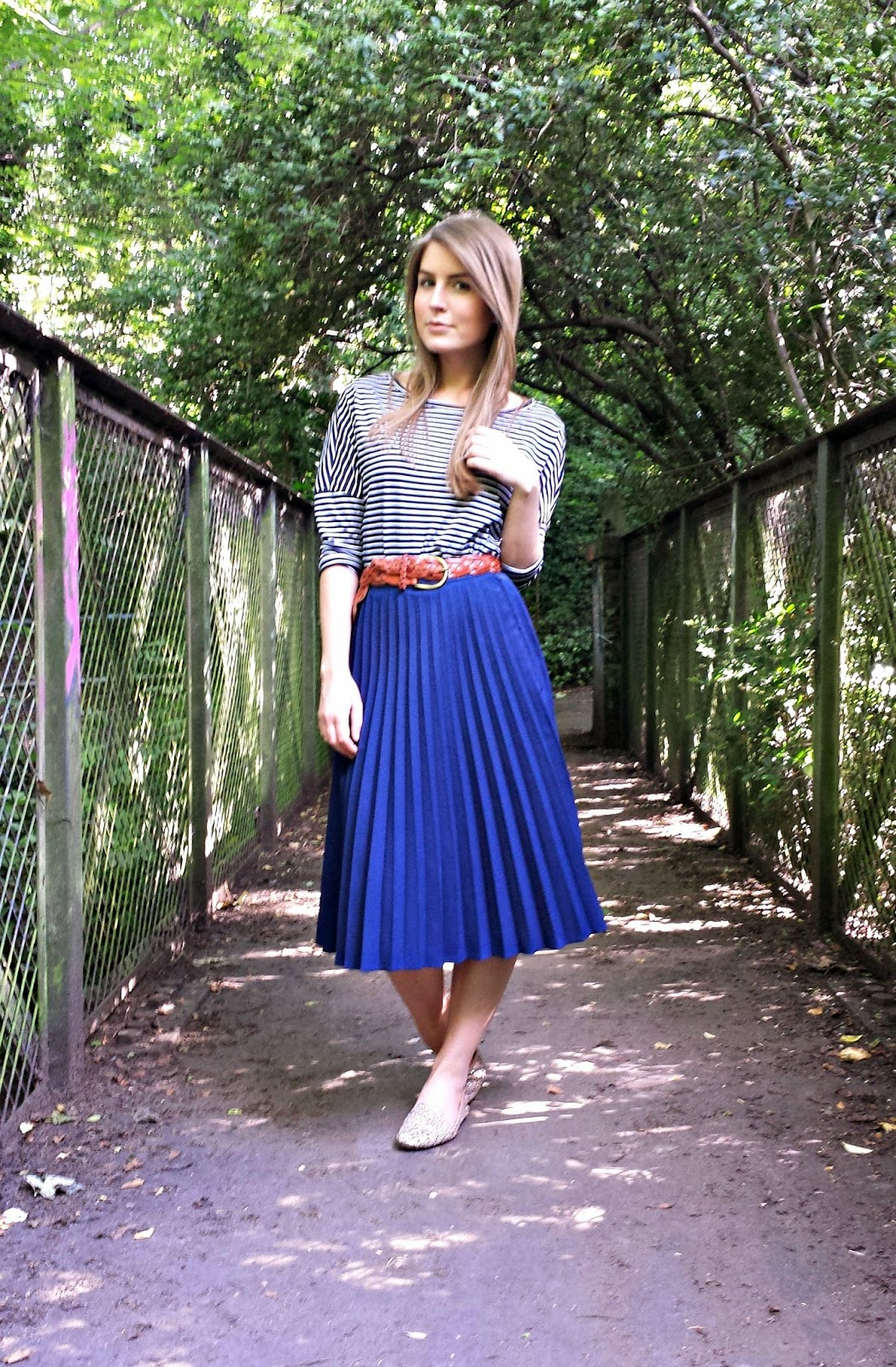 outfit breton top with pleated midi skirt  style trunk