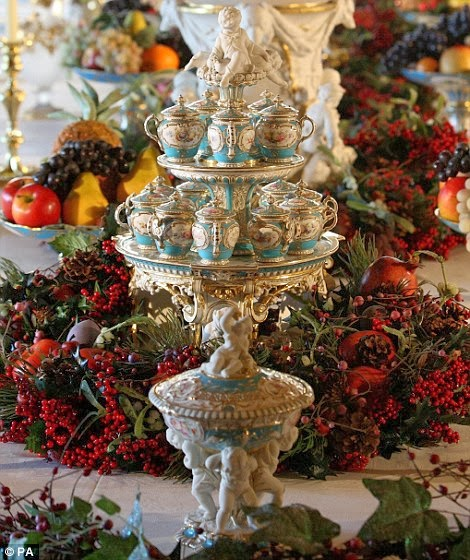 Christmas Parties In Windsor: Antiques And Teacups: Windsor Castle Christmas Decorating