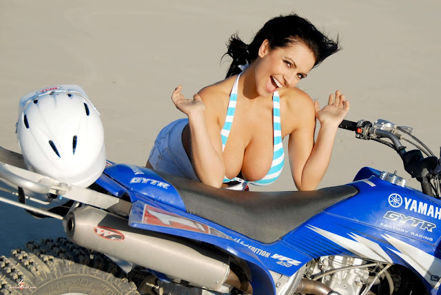 Denise Milani ATV hot and sexy Photoshoot picture 8