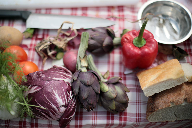 Jak poprawić funkcjonowanie naszych jelit i pozbyć się uczucia wzdęcia?