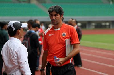 Pelatih Persija Puji Dedikasi Rohit