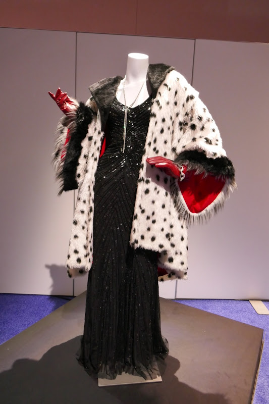 Victoria Smurfit Once Upon a Time Cruella de Vil costume