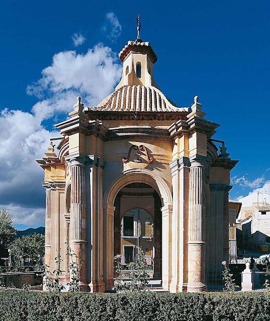 O Templete onde está a fonte das águas que vão ser abençoadas