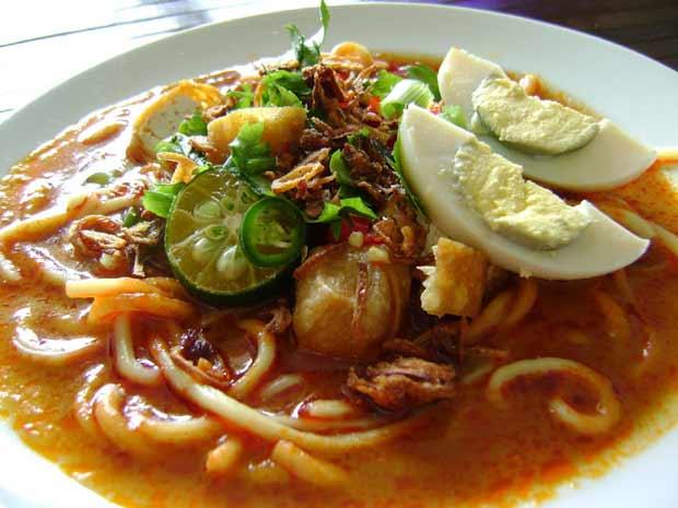 Mie Lendir, Makanan Berkuah Kental Enak dari Batam Kepri