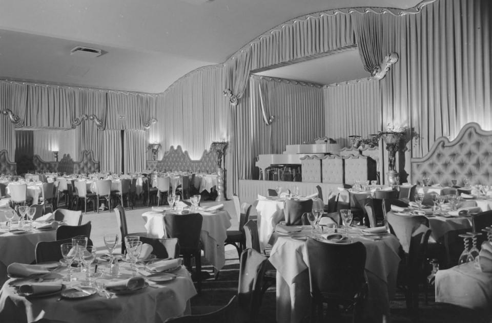 Vintage Photos Of Swanky Nightclub Interiors From The Rat