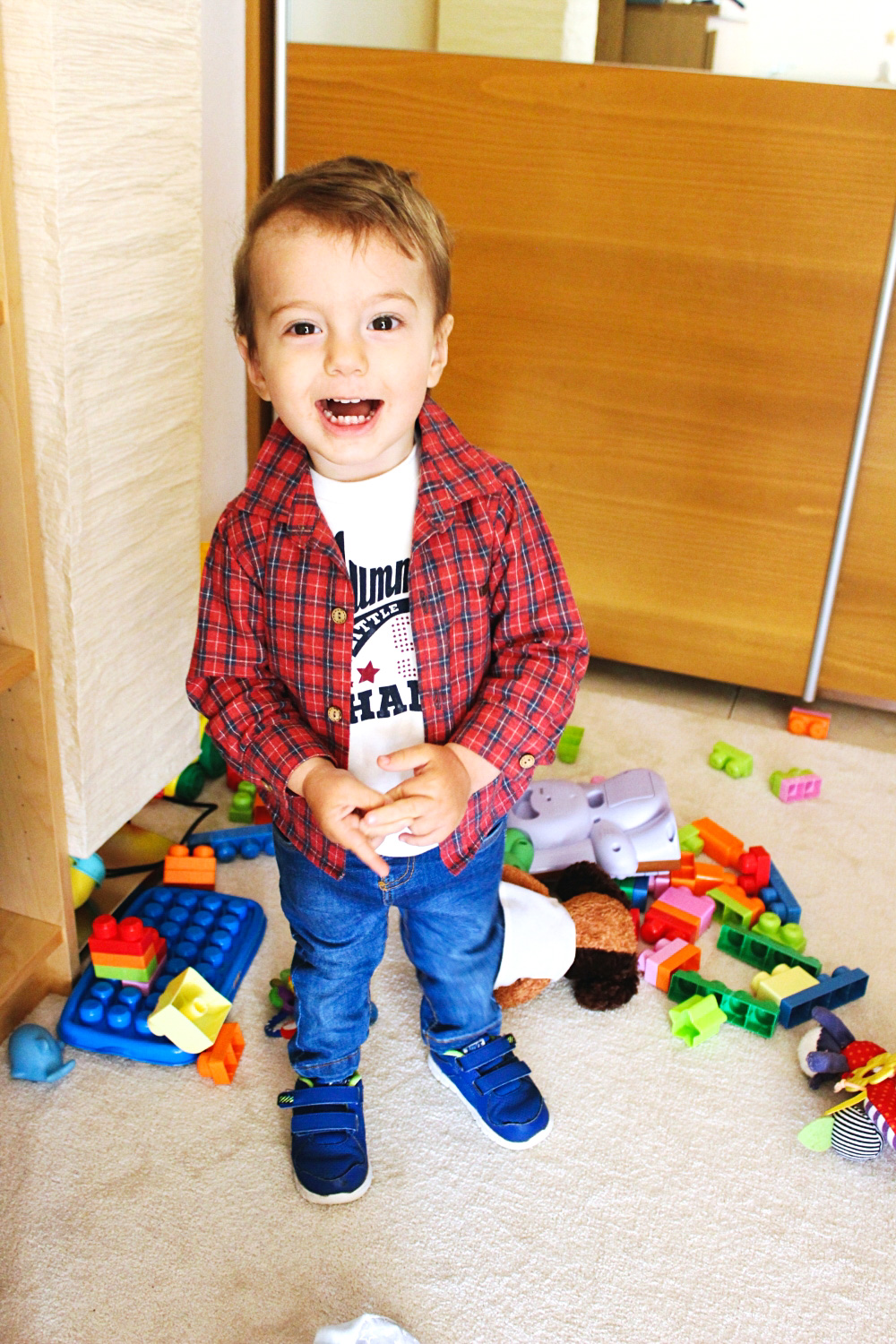 baby boy style, baby boy plaid shirt and jeans outfit