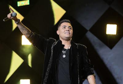 Felipe Araújo vai agitar a quarentena na tela da Band. Foto: Divulgação/Site Oficial