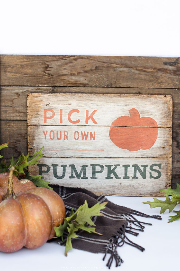DIY Fall Pumpkin Sign