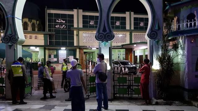 Shalat Tarawih Bubar karena Ada yang Pingsan, Masjid Kemayoran Langsung Ditutup