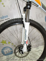 Sepeda Gunung United Dallass XC77 Lock Disc Rangka Aloi 21 Speed 26 Inci