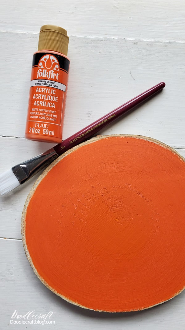 The paint doesn't take too long to dry, but doesn't count in the 5 minute craft time either. Just go do a load of dishes, paint your nails or watch an episode of your favorite show. Then come back to a dry pumpkin.