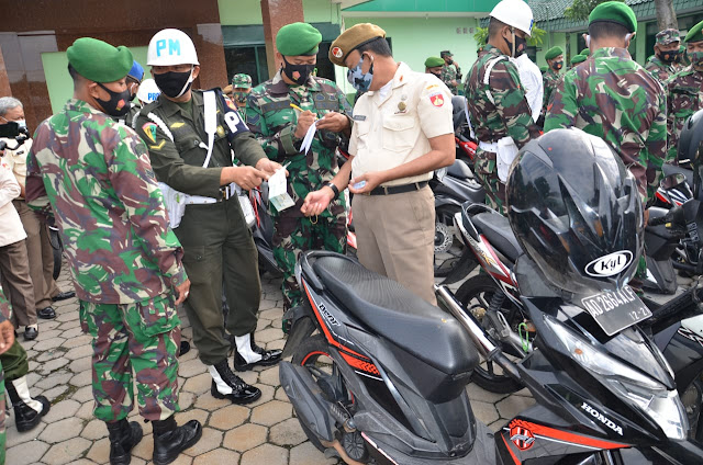 Citra TNI Yang Cinta Disiplin dan Taat Berlalu Lintas, Denpom IV Surakarta Cek Kendaraan Dinas Maupun Pribadi Anggota Kodim 0727 Karanganyar