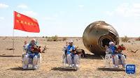3 phi hành gia Trung Quốc trở về Trái đất sau 90 ngày trong không gian