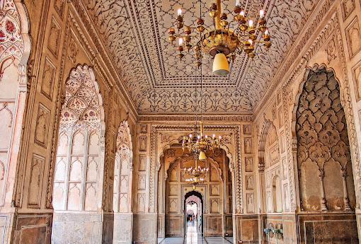 Inner View Of Badshahi Mosque