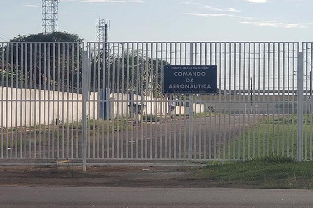 Secretário afirma que Base Aérea não tem permissão para fechar rua em Porto Velho