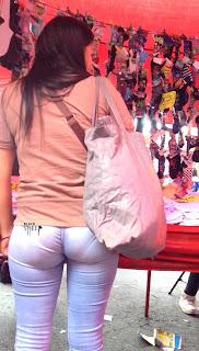 Mujeres pantalones ajustados