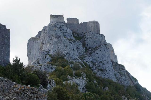 torreon de sant jordi castillo de Peyrepertuse