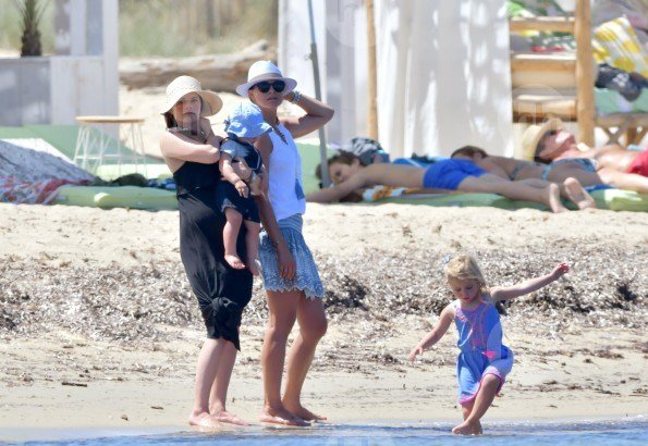 Prince Carl Philip, Princess Sofia, Prince Alexander, Princess Madeleine, Chris O'Neill, Princess Leonore and Prince Nicolas on a holiday in St Tropez