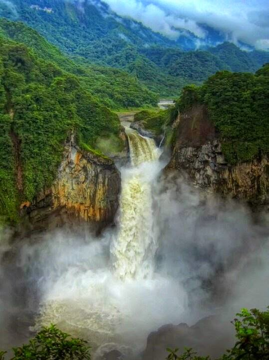 The Amazon Rainforest, Brazil 10 Worlds Amazing And Beautiful Forests