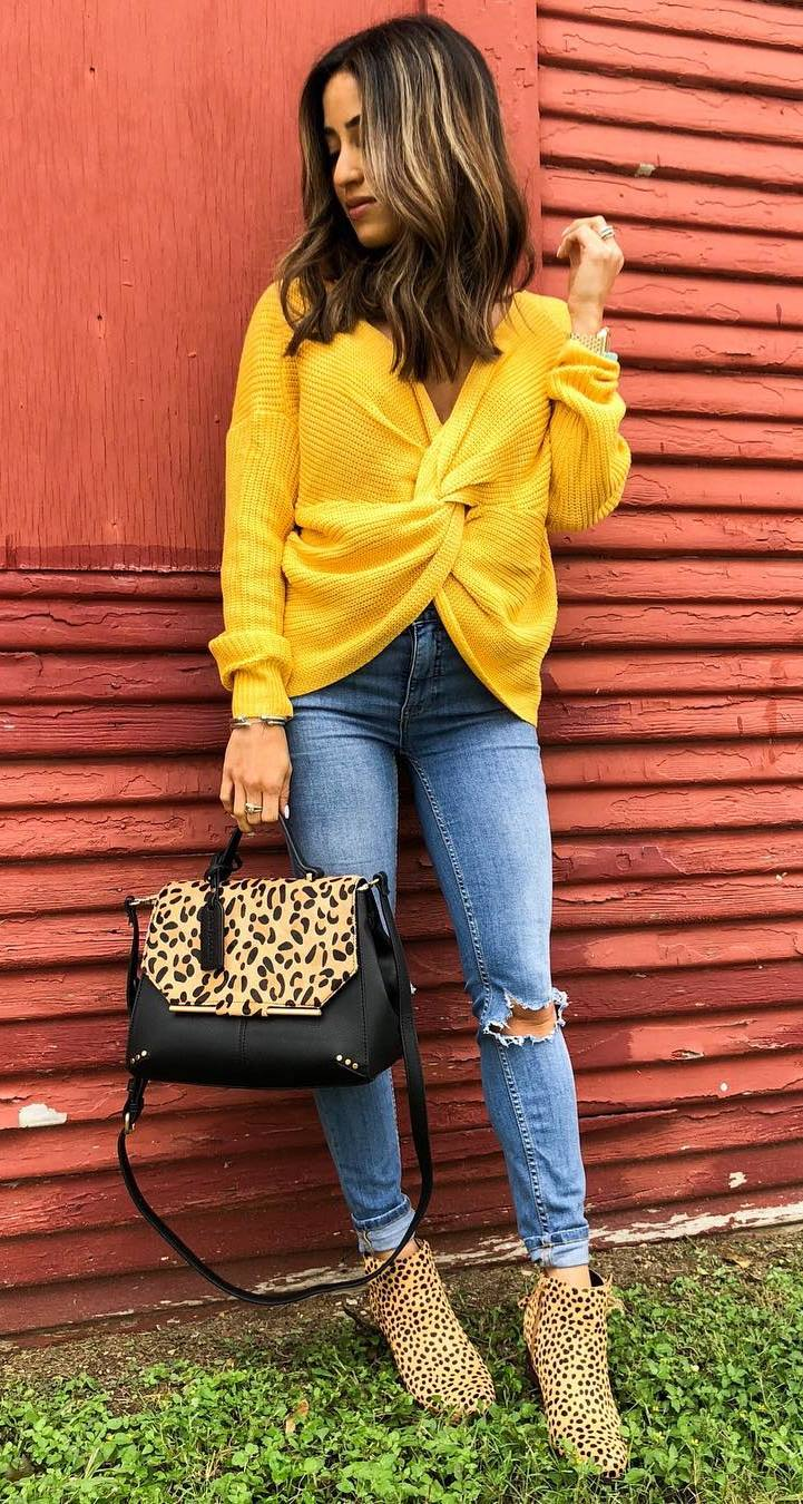 stylish look | yellow sweater + ripped jeans + leopard boots + bag
