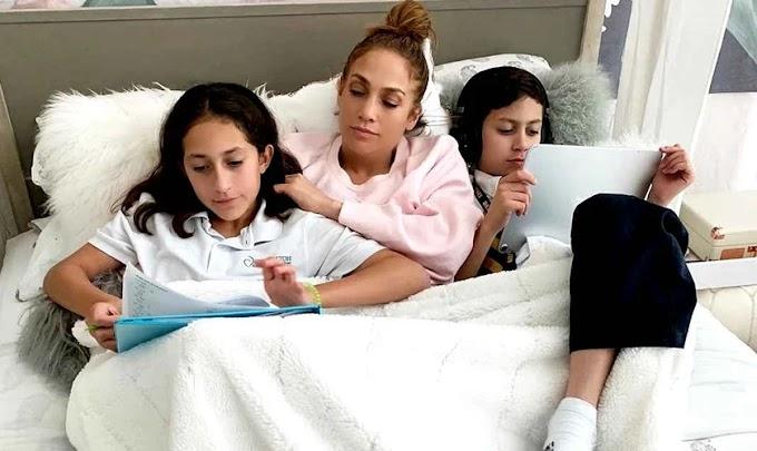 Filha de Jennifer Lopez aprende a orar com a babá e publica livro para inspirar crianças