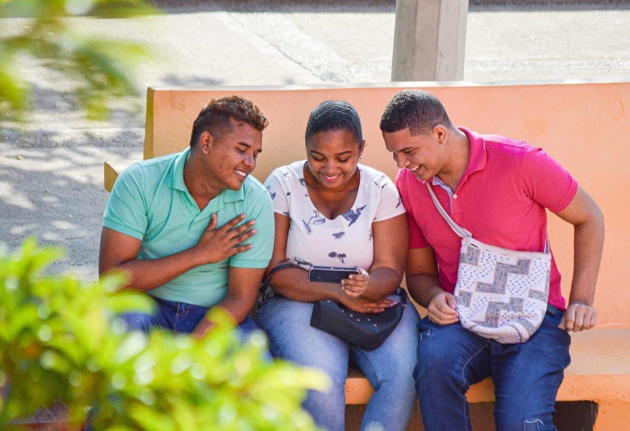 https://www.notasrosas.com/Icetex otorgará Becas Condonables a estudiantes afrodescendientes de Riohacha