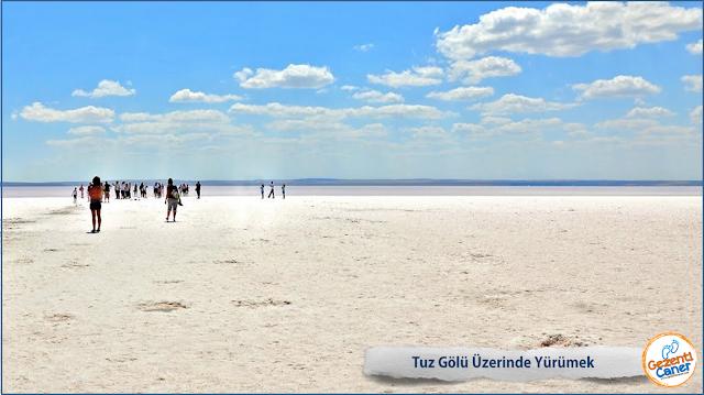 Tuz-Golu-Uzerinde-Yurumek