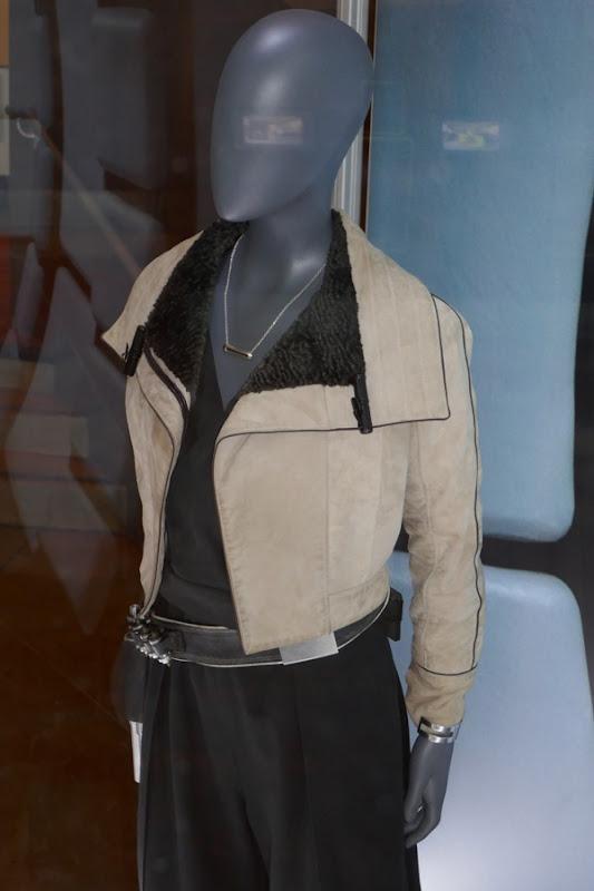 Solo Qi'ra film costume