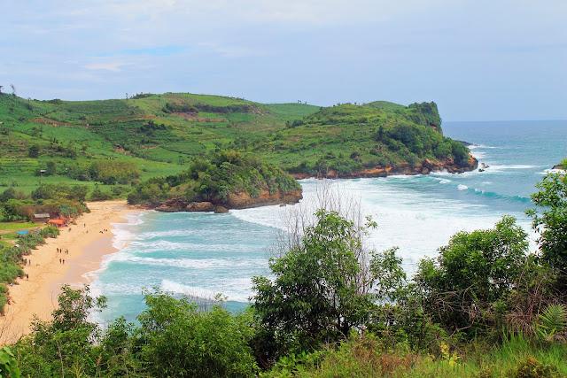 Pantai Tambakrejo Blitar : Tiket Masuk, Rute, Gambar, Fasilitas Lengkap Terbaru