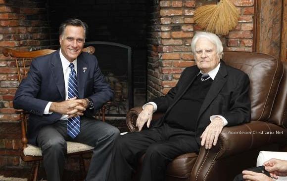 Mitt Romney y el evangelista Billy Graham