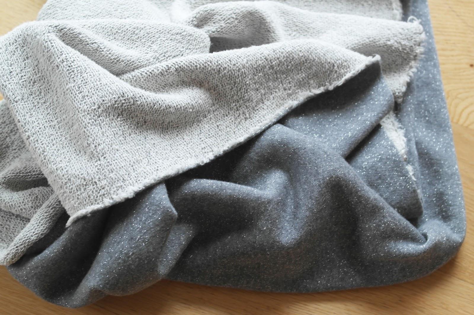 sujuti weihnachtskleid sew along 2015 stoff und. Black Bedroom Furniture Sets. Home Design Ideas
