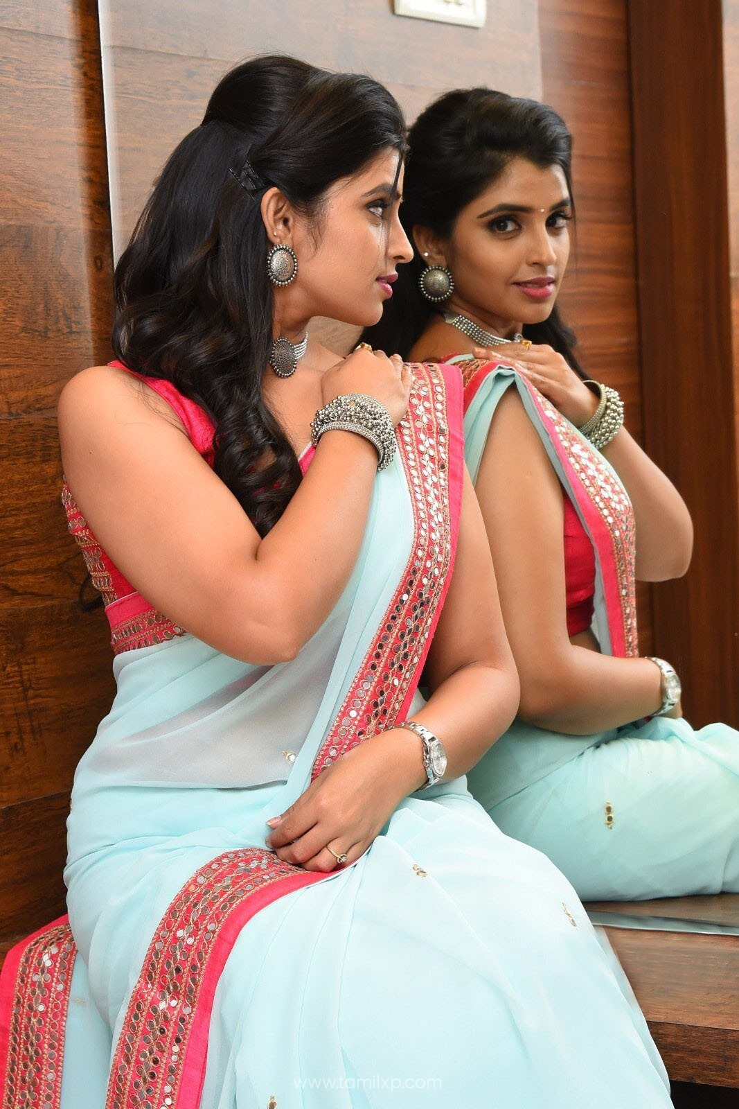 Anchor Shyamala stills