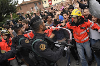 spain clashes during Catalan independence vote