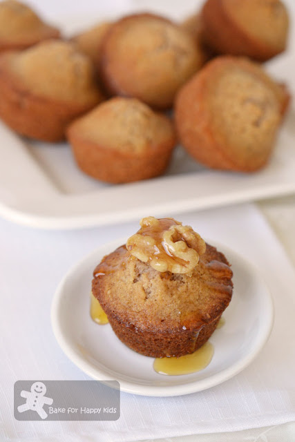honey walnut cakes