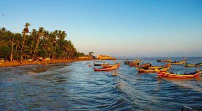 Pantai Kelapa Tuban